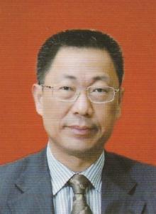 尹洪衛先生